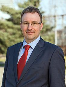 MÁRTON SZIKORA